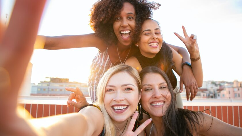 Must Know Benefits Of Smiling And Laughing
